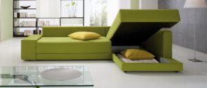Das Eckschlafsofa CONFETTO von Franz Fertig hat einen großen Bettkasten. Sofa mit Schlaffunktion und Stauraum.