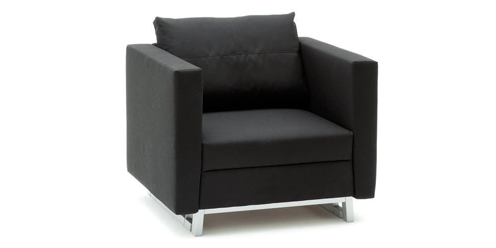 FOX Schlafsessel von Franz Fertig. Sessel mit Schlaffunktion in Leder schwarz