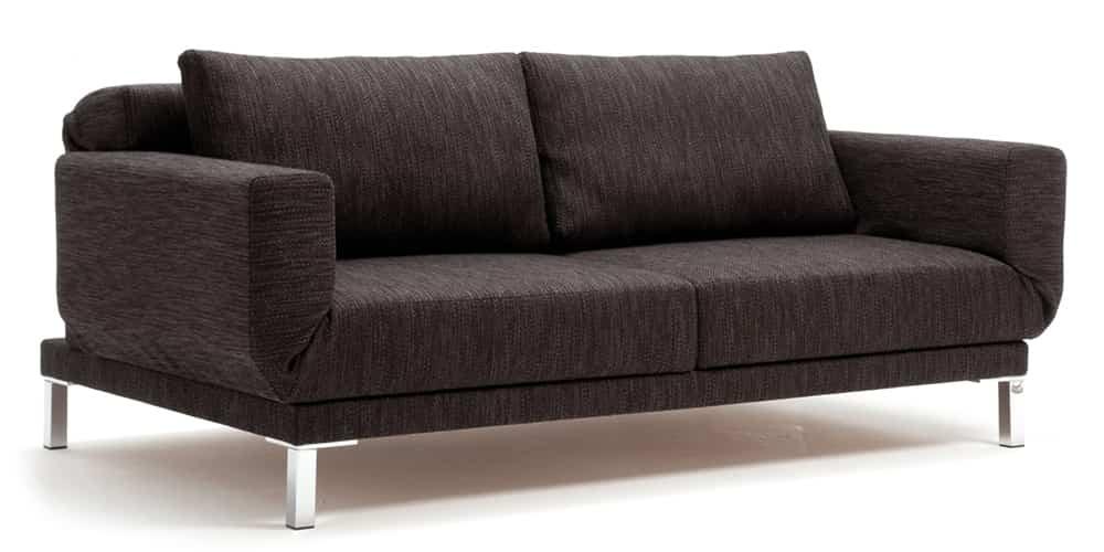RIGA Schlafsofa von Franz Fertig. Multifunktionales Sofa. Sofa mit Bettfunktion. Relaxposition, Loungeposition und Schlafposition.