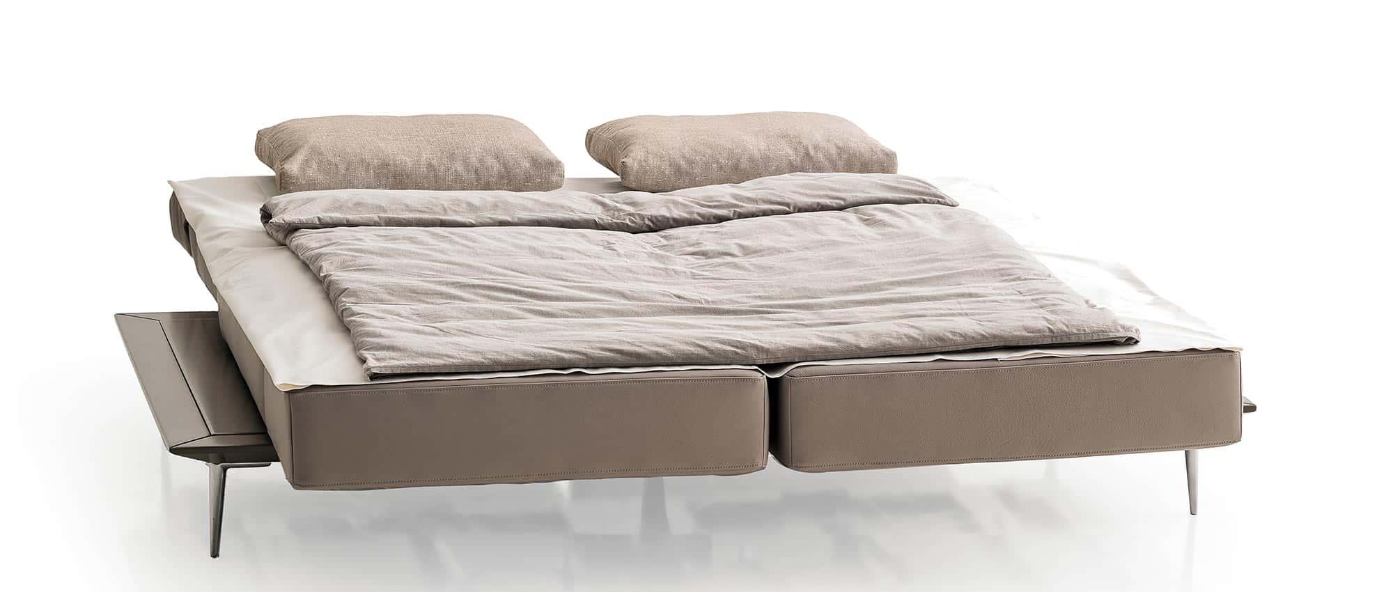 MILAN Schlafsofa von Franz Fertig - Liegefläche ca. 160x200 cm. Klappbare Rückenlehne. Schwenkbare Sitzelemente.