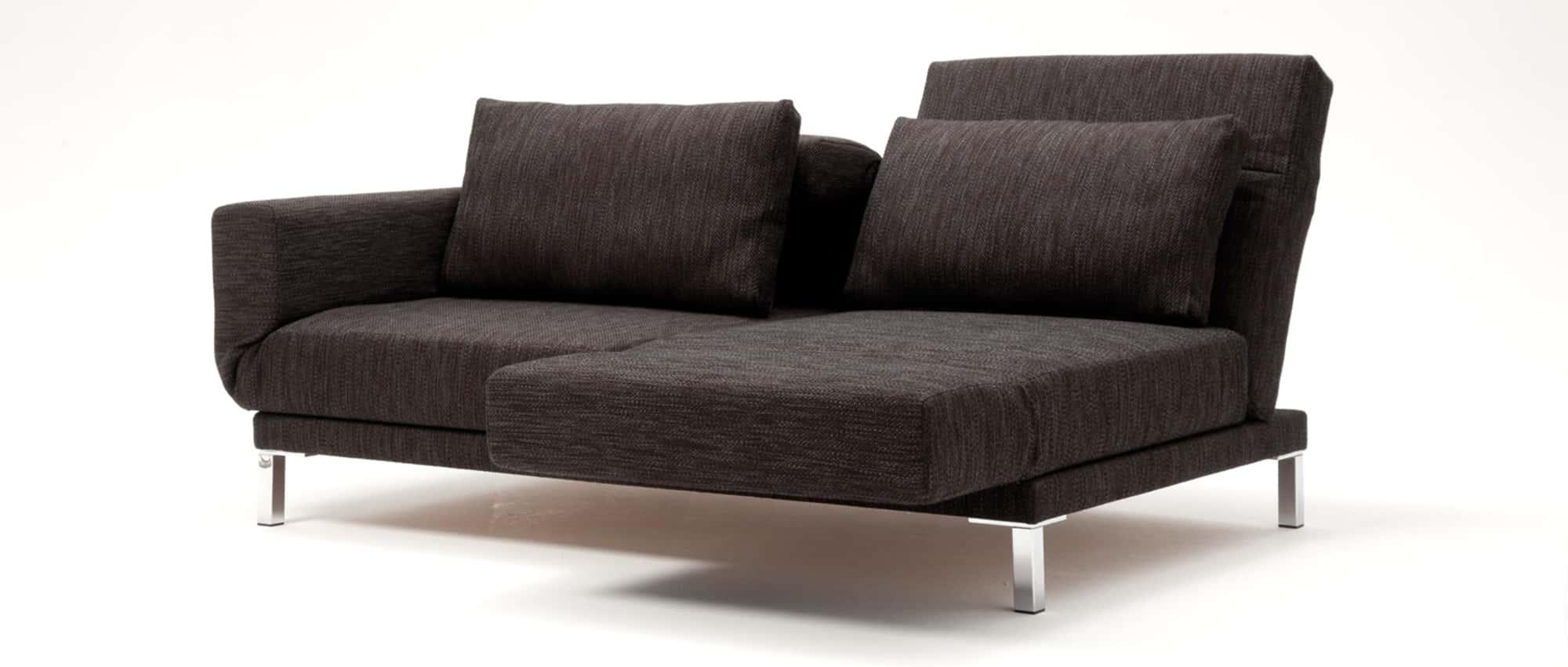 Schlafsofa RIGA XL von Franz Fertig in braun. Klappbare Rückenlehne und Armlehne. Holzfüße möglich. Auch Chromfüße sind wählbar.